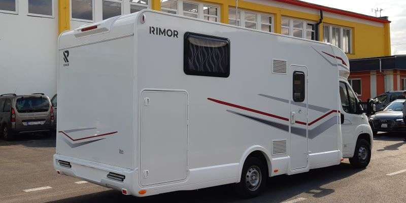 Rebeka-Rimor-Seal-66-plus-800×400 (2)
